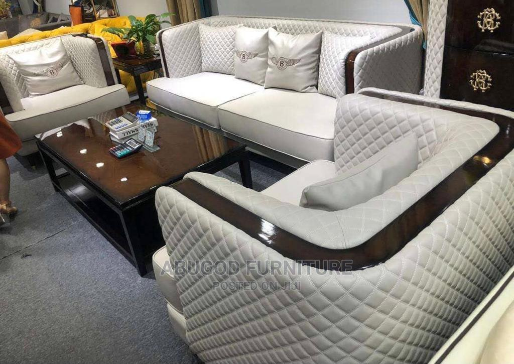 8 Seater Executive Chair