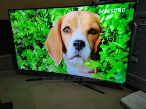 """Almost New Samsung 55"""" Smart Uhd 4k Hdr Curved Tv   TV & DVD Equipment for sale in Lagos State, Ojo"""