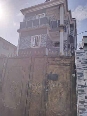 1 Bedroom Mini Flat for Rent in Kushomo Street, Lawanson | Houses & Apartments For Rent for sale in Surulere, Lawanson
