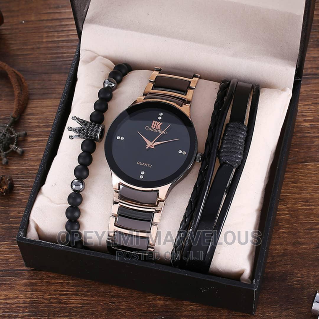 Men Wristwatch