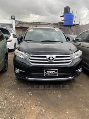 Toyota Highlander 2013 Limited 3.5l 4WD Black | Cars for sale in Lagos State, Magodo
