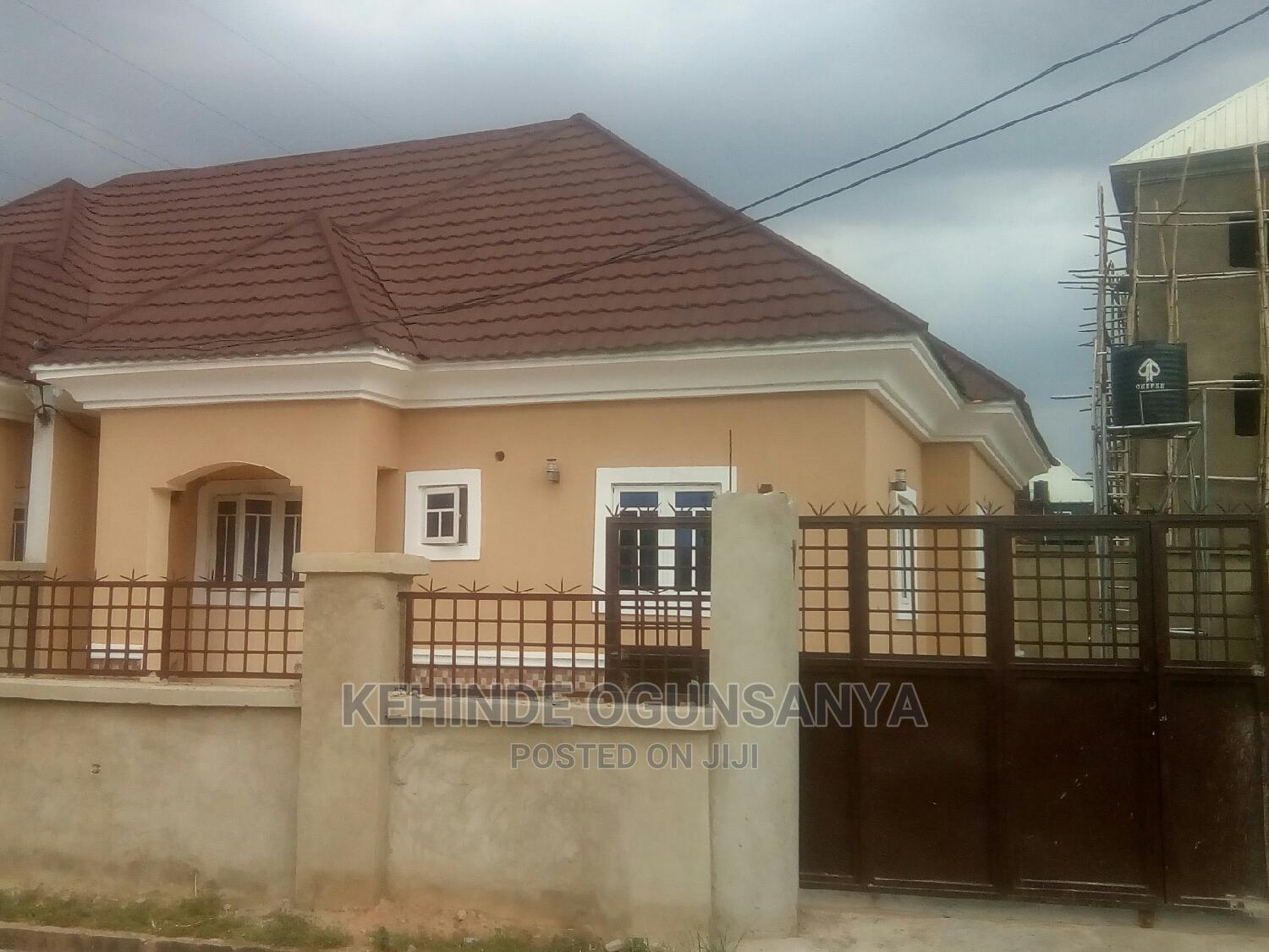 3bdrm Bungalow in District Centre, Kubwa for Sale