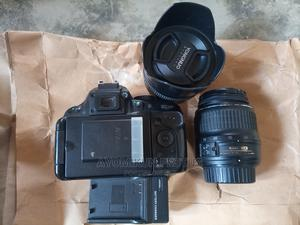 Neatly Used Nikon D5200 Camera With 2 Lenses Up for Sale. | Photo & Video Cameras for sale in Abuja (FCT) State, Gaduwa