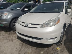 Toyota Sienna 2007 XLE White   Cars for sale in Lagos State, Apapa
