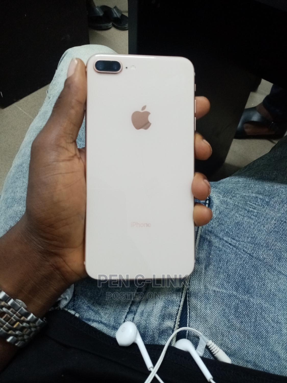 Apple iPhone 8 Plus 64 GB Gold
