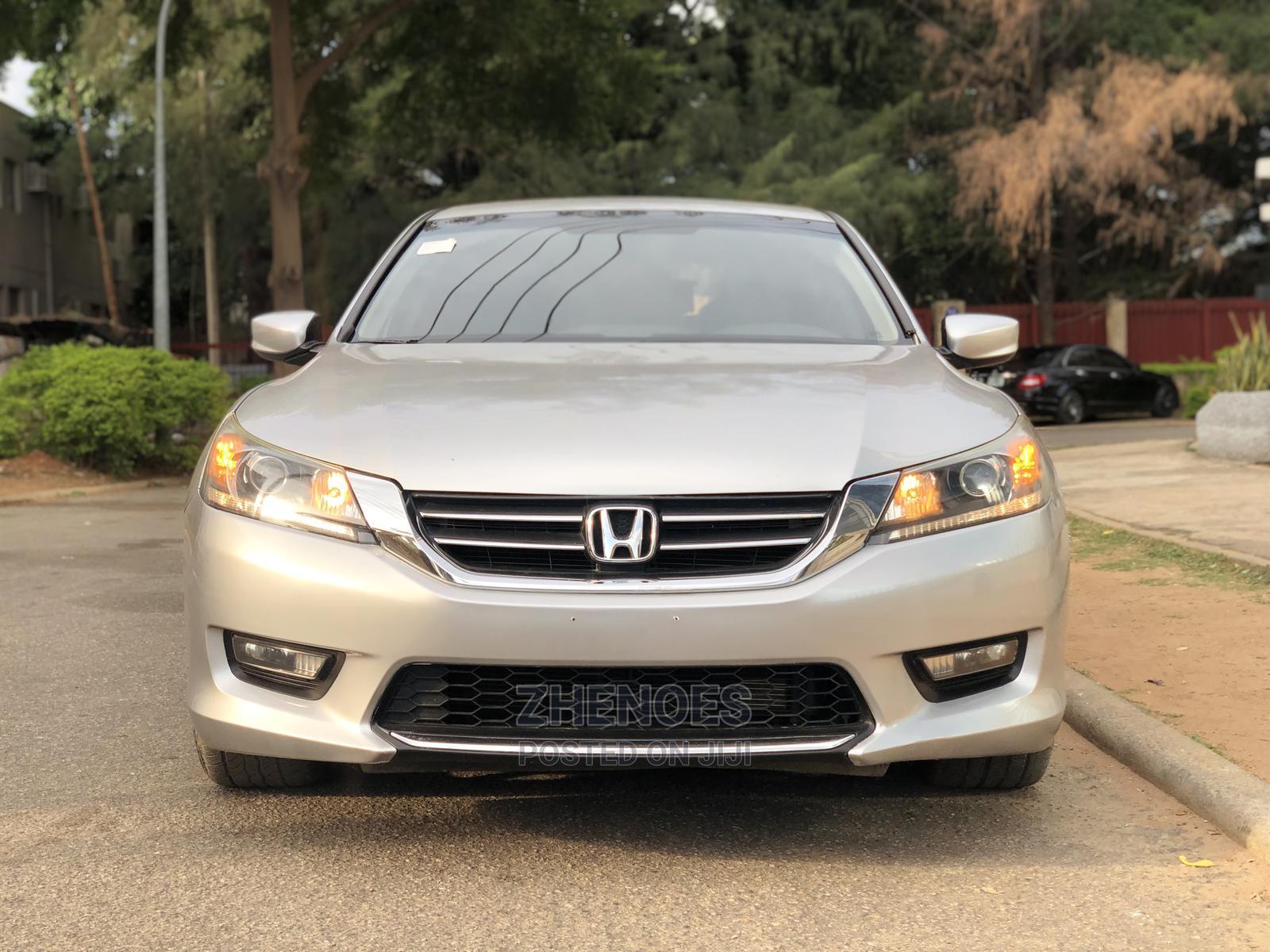 Archive: Honda Accord 2014 Silver