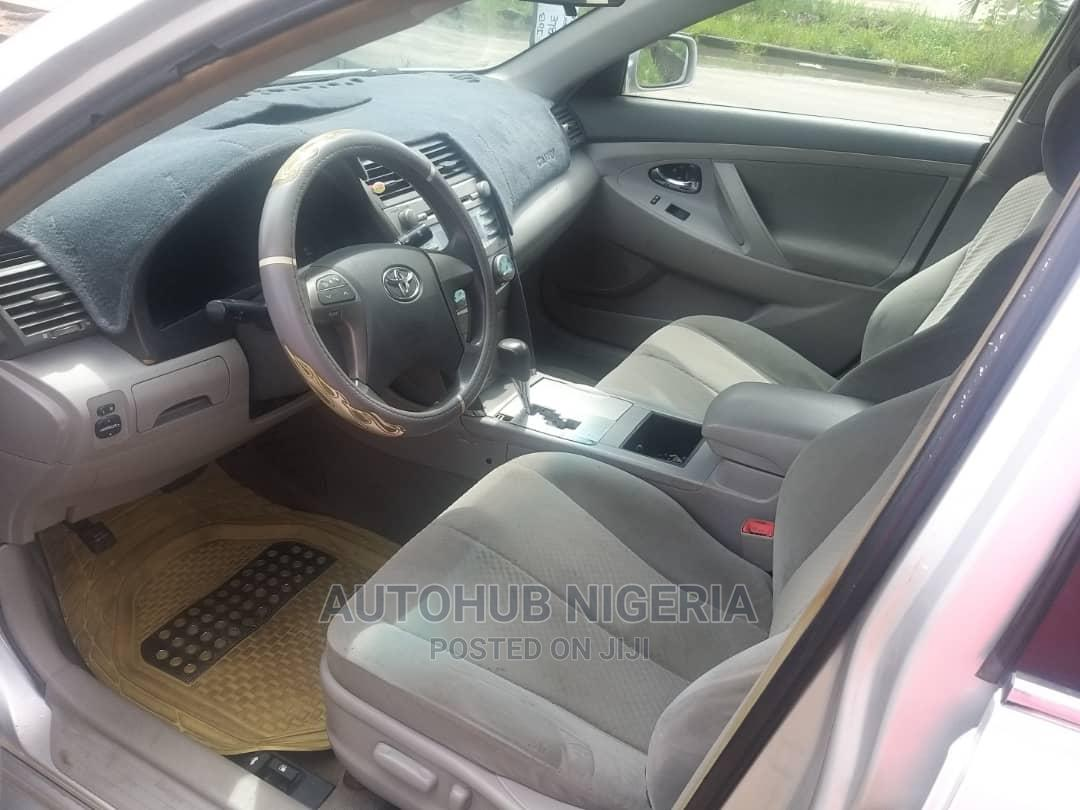 Archive: Toyota Camry 2008 Silver