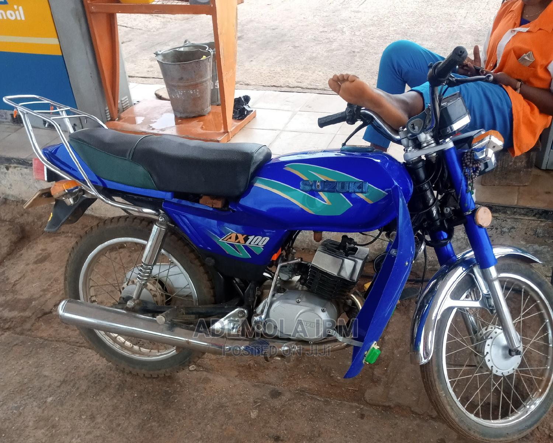 Suzuki Bike 2016 Blue
