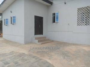 A Self Compound 4 Bedroom Bungalow With Room And Parlor BQ   Commercial Property For Rent for sale in Ibadan, Old Bodija