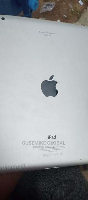 Apple iPad 2 Wi-Fi 16 GB Silver   Tablets for sale in Lagos State, Abule Egba