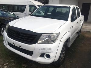 Toyota Hilux 2010 2.7 VVT-i 4X4 SRX White | Cars for sale in Lagos State, Shomolu