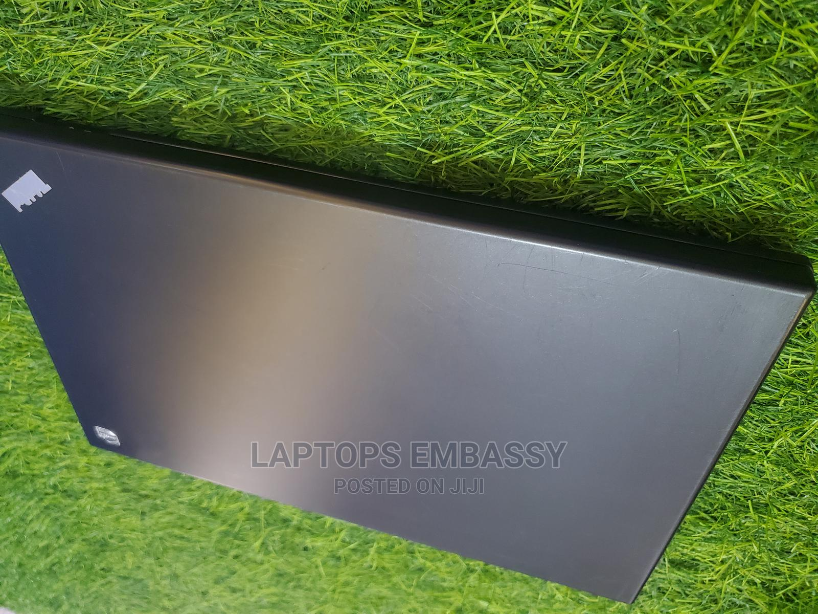 Archive: Laptop Lenovo ThinkPad L512 4GB Intel Core I5 HDD 320GB