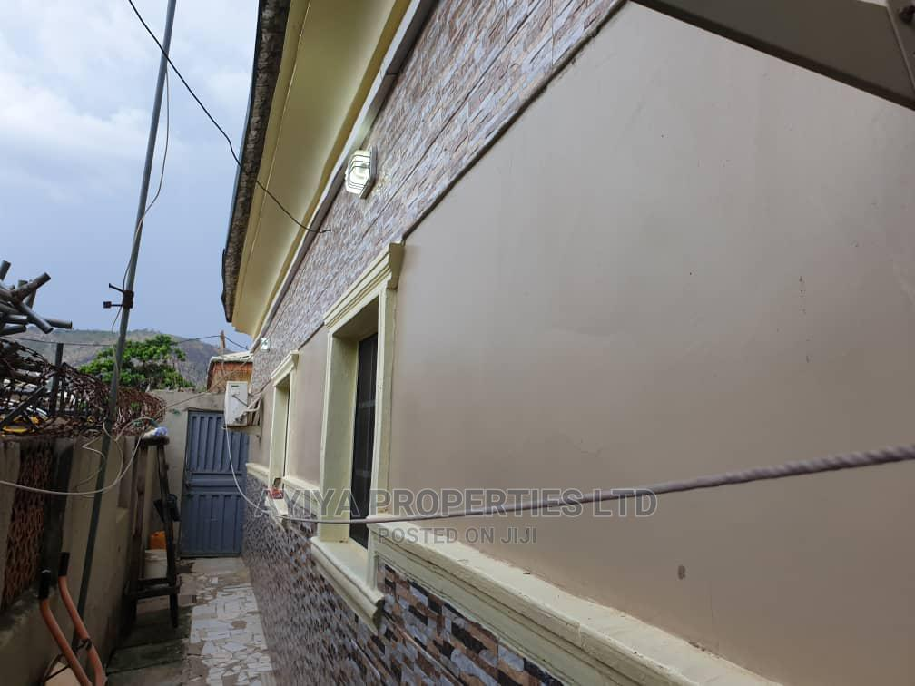 2 Bedrooms Bungalow for Sale in Govt Qtrs, Kubwa | Houses & Apartments For Sale for sale in Kubwa, Abuja (FCT) State, Nigeria