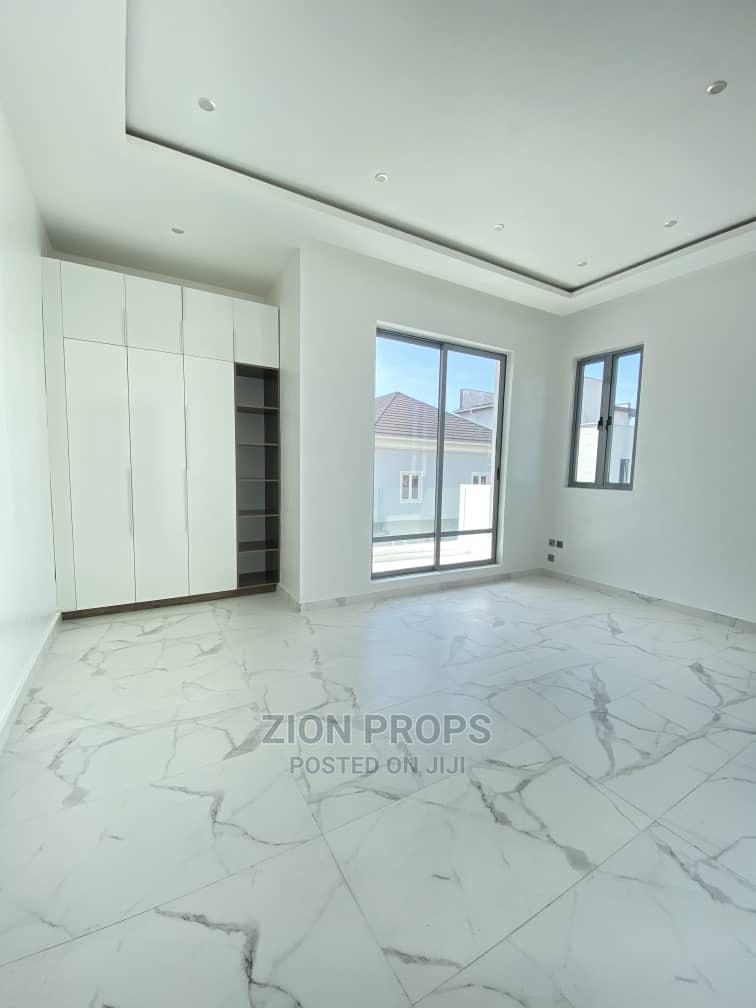 5 Bedrooms Mansion for Sale in Osapa London, Lekki   Houses & Apartments For Sale for sale in Lekki, Lagos State, Nigeria