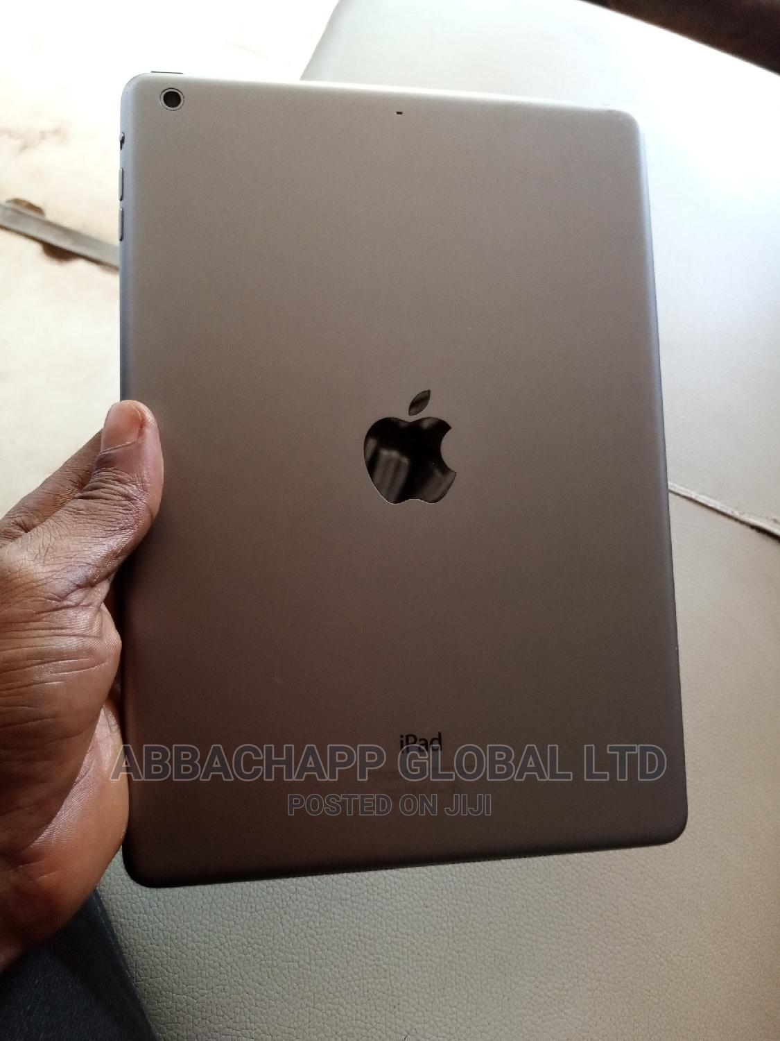 Apple iPad Air 32 GB Silver | Tablets for sale in Wuse, Abuja (FCT) State, Nigeria