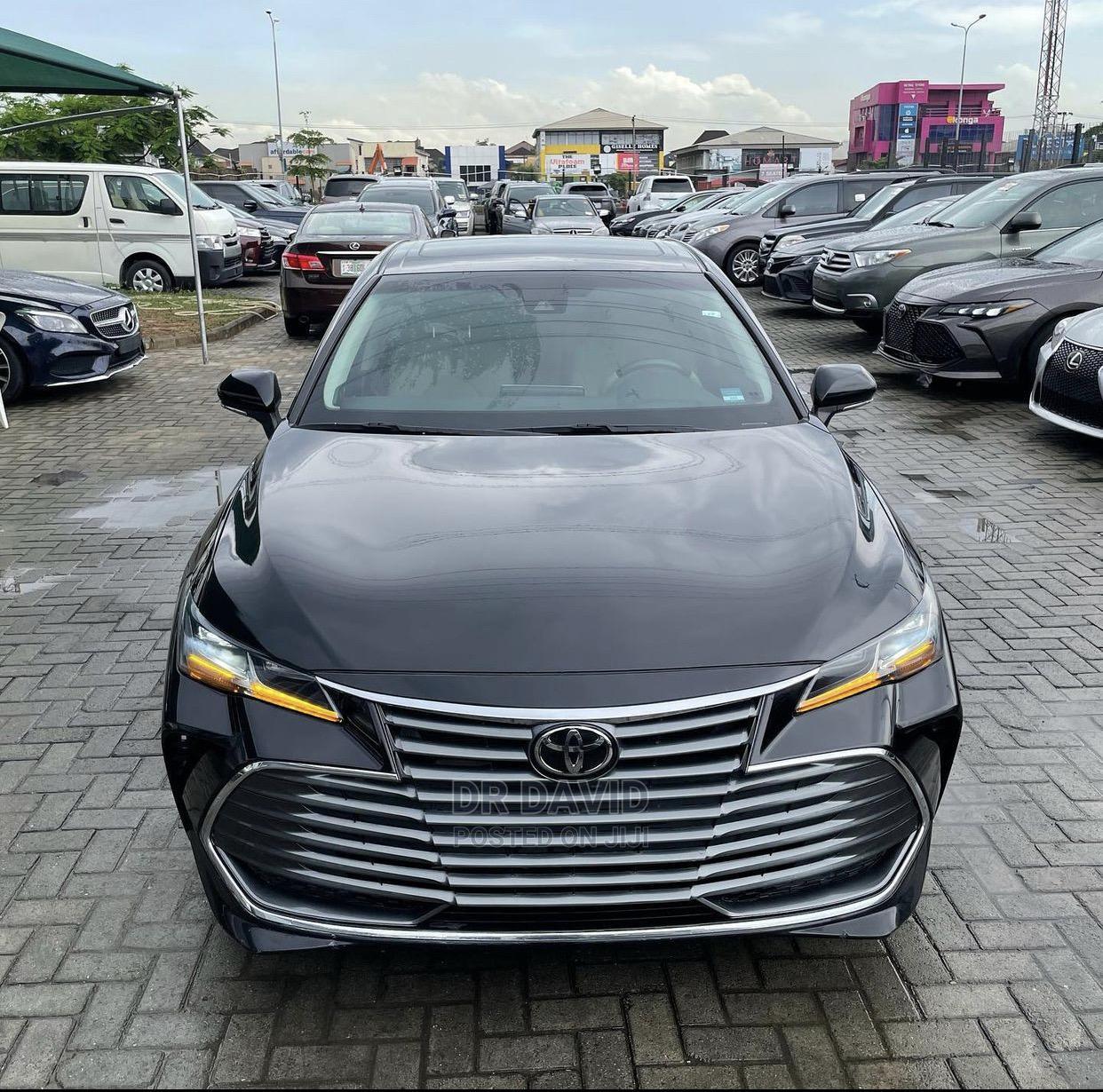 Toyota Avalon 2019 Black