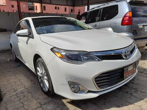 Toyota Avalon 2013 White   Cars for sale in Lagos State, Ikeja
