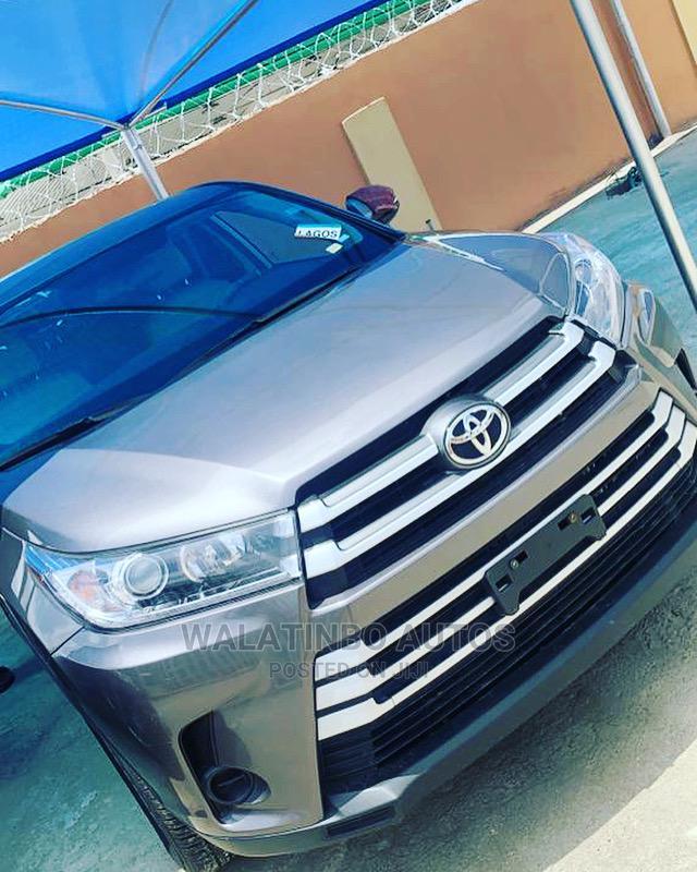 Toyota Highlander 2019 Silver