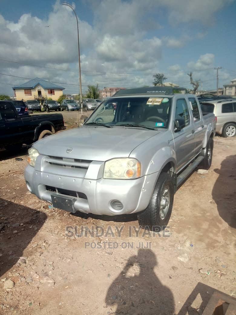 Archive: Nissan Frontier 2003 Silver