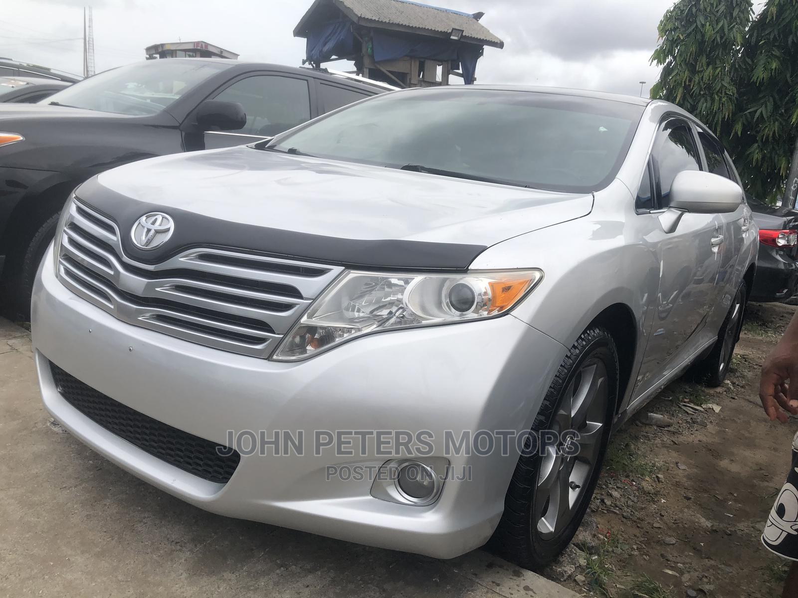 Toyota Venza 2011 V6 AWD Silver | Cars for sale in Apapa, Lagos State, Nigeria