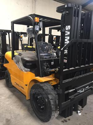 Brand New 5 Tons Mitsubishi Engine Forklift   Heavy Equipment for sale in Lagos State, Oshodi