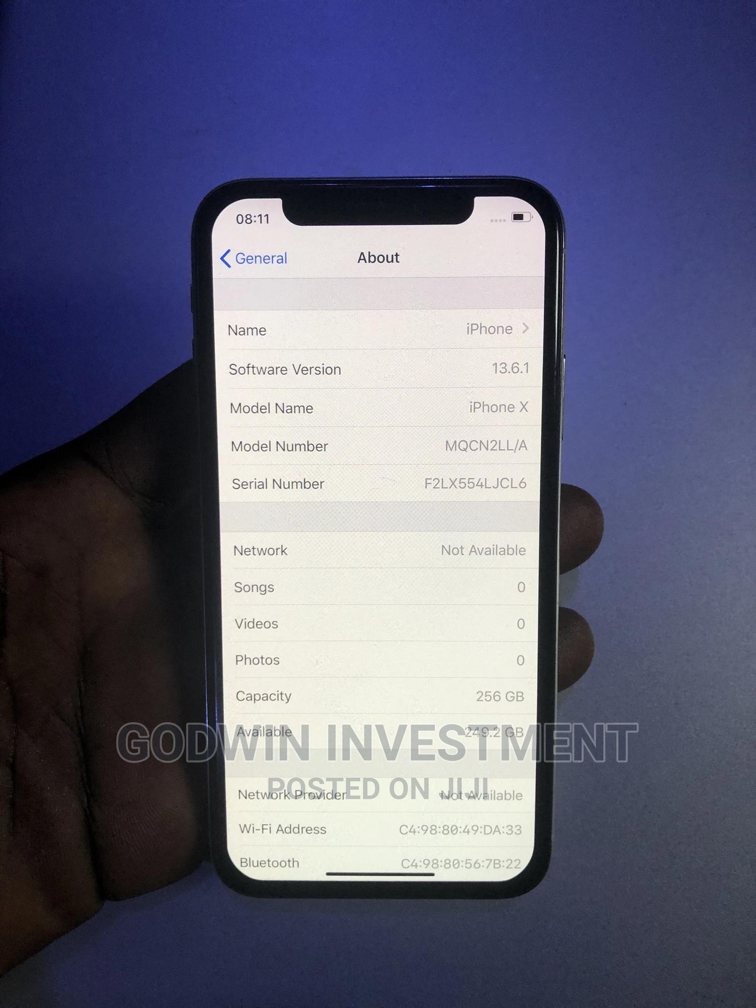 Archive: Apple iPhone X 256 GB White