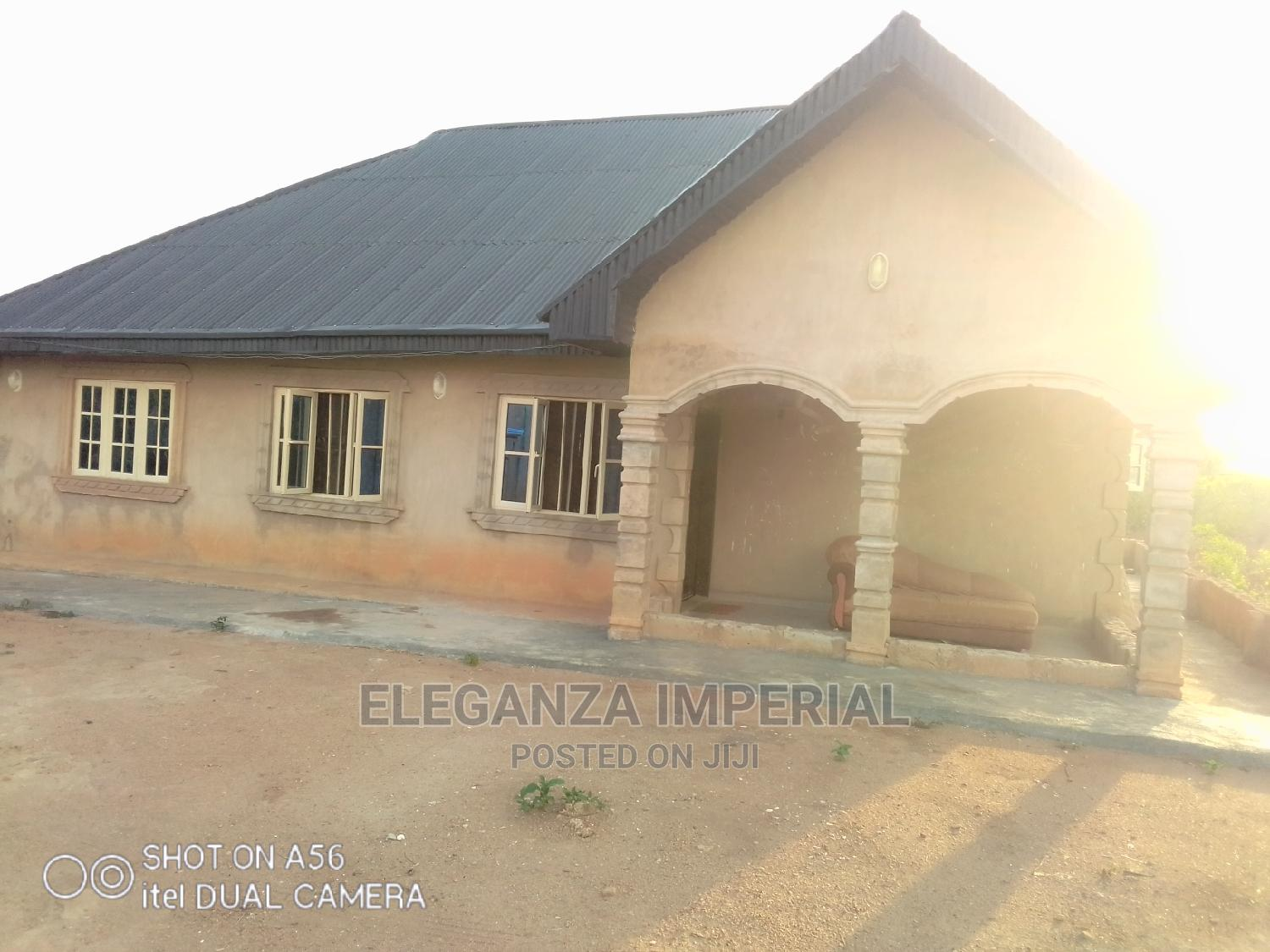 3 Bedroom Flat | Houses & Apartments For Sale for sale in Ife, Osun State, Nigeria