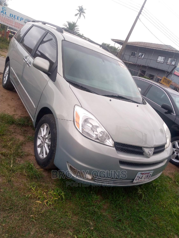 Toyota Sienna 2005 LE AWD Blue   Cars for sale in Ibadan, Oyo State, Nigeria