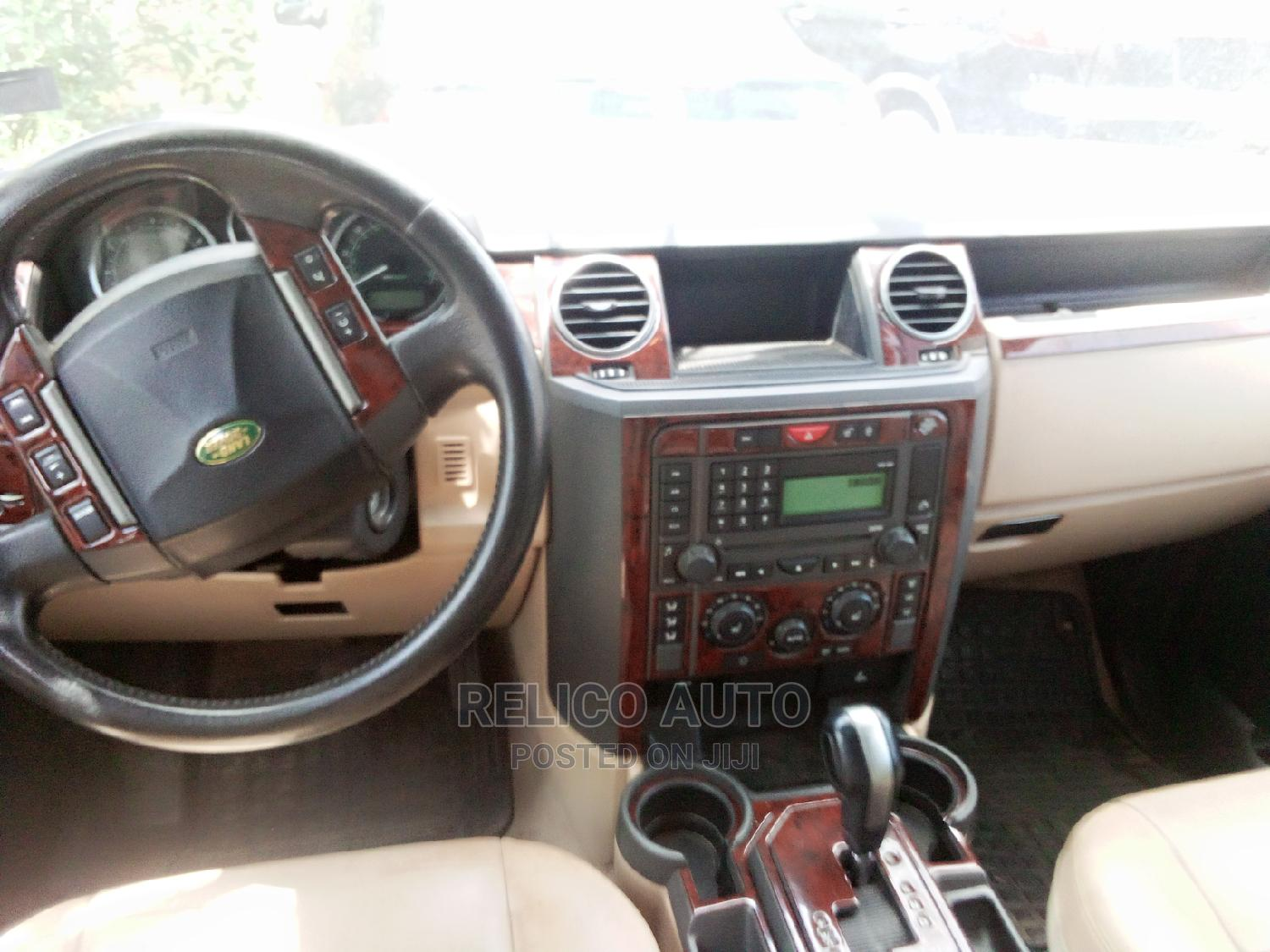 Archive: Land Rover LR3 2005 HSE Green