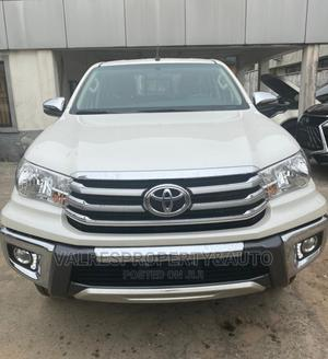 Toyota Hilux 2019 SR 4x4 White | Cars for sale in Lagos State, Victoria Island