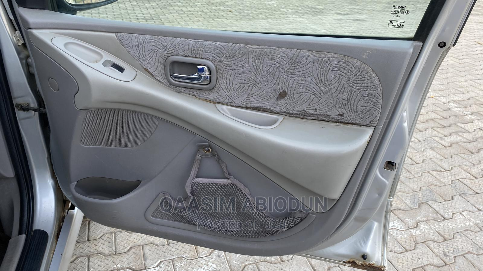 Nissan Almera 2000 1.8 Automatic Silver | Cars for sale in Alimosho, Lagos State, Nigeria