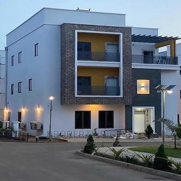 5bdrm Duplex in Wuye for Sale