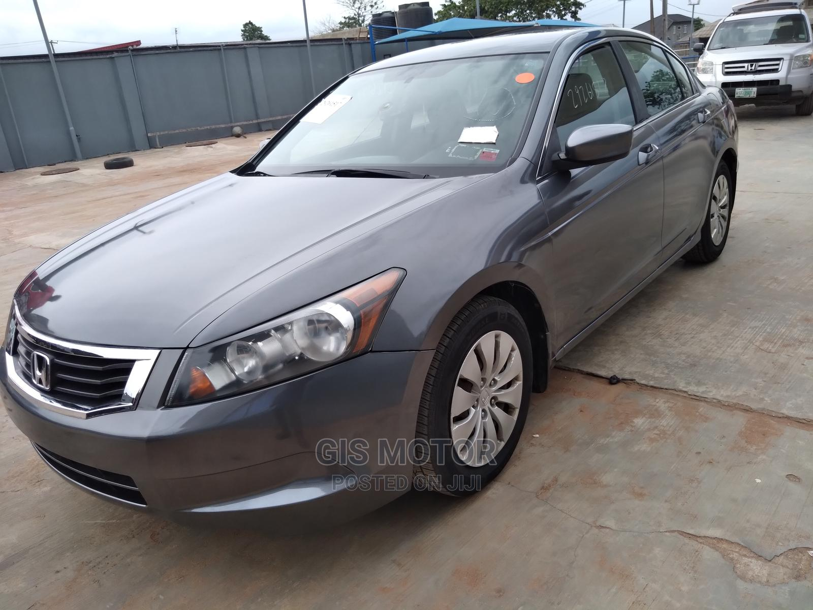 Honda Accord 2010 Gray