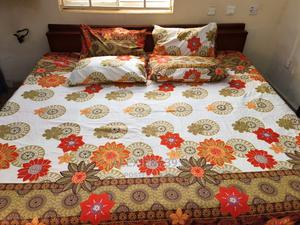 White and Multi-Floral Bedsheet With 4 Pillow Covers | Home Accessories for sale in Abuja (FCT) State, Kubwa