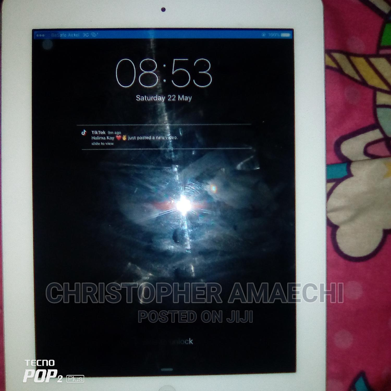 Archive: Apple iPad 4 Wi-Fi + Cellular 16 GB Silver