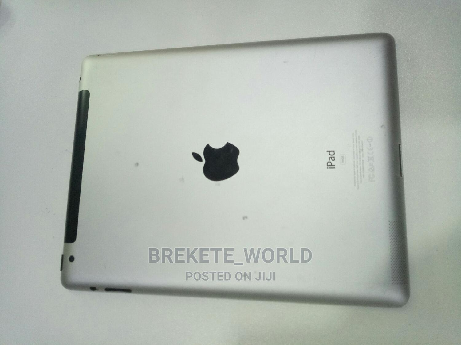 Apple iPad 2 Wi-Fi + 3G 16 GB Silver | Tablets for sale in Central Business Dis, Abuja (FCT) State, Nigeria