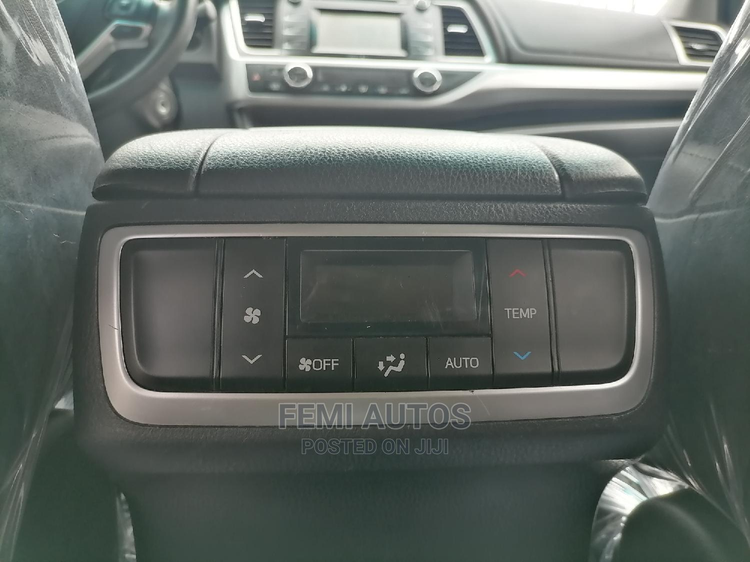 Toyota Highlander 2014 Gray | Cars for sale in Ikeja, Lagos State, Nigeria