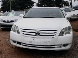 Toyota Avalon 2006 Limited White   Cars for sale in Lagos State, Ikotun/Igando