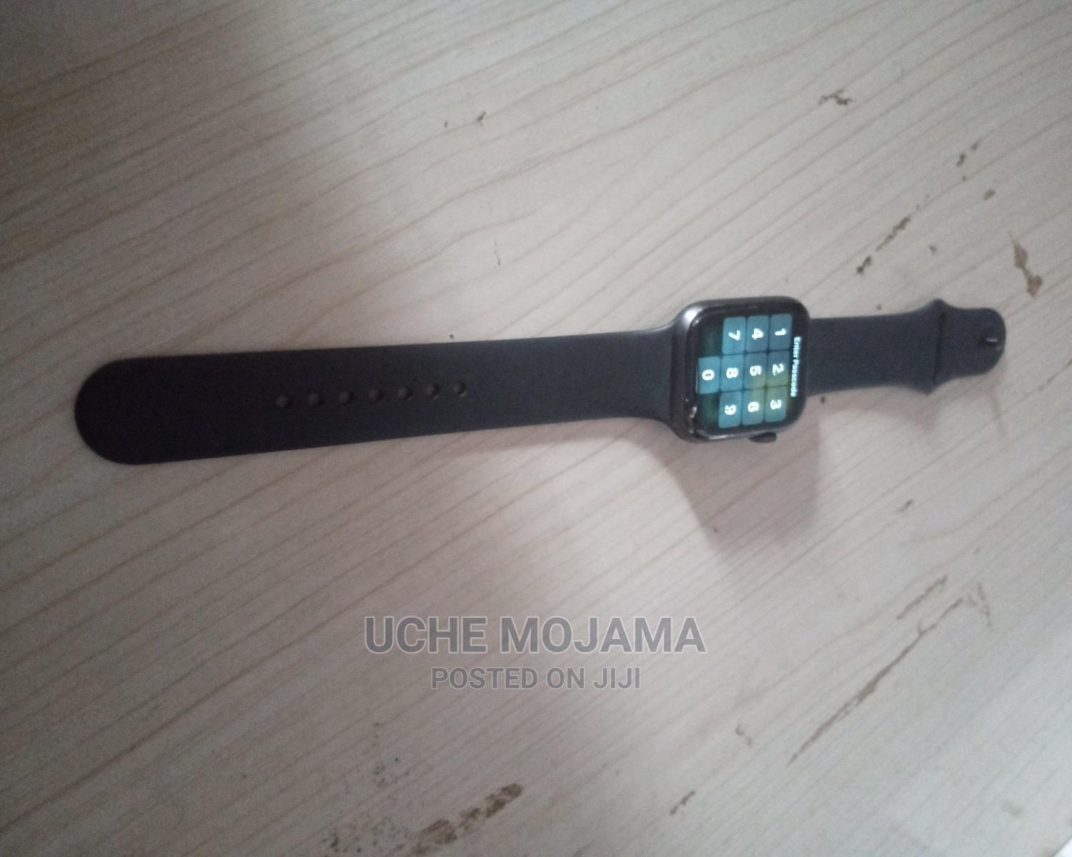 Original Apple Watch Series 4   Smart Watches & Trackers for sale in Oshimili South, Delta State, Nigeria