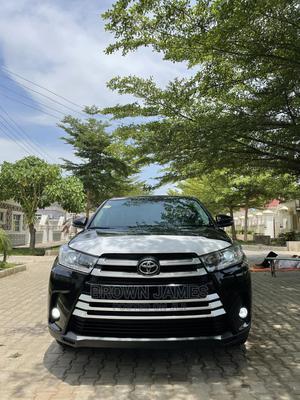 Toyota Highlander 2017 Black   Cars for sale in Abuja (FCT) State, Gwarinpa