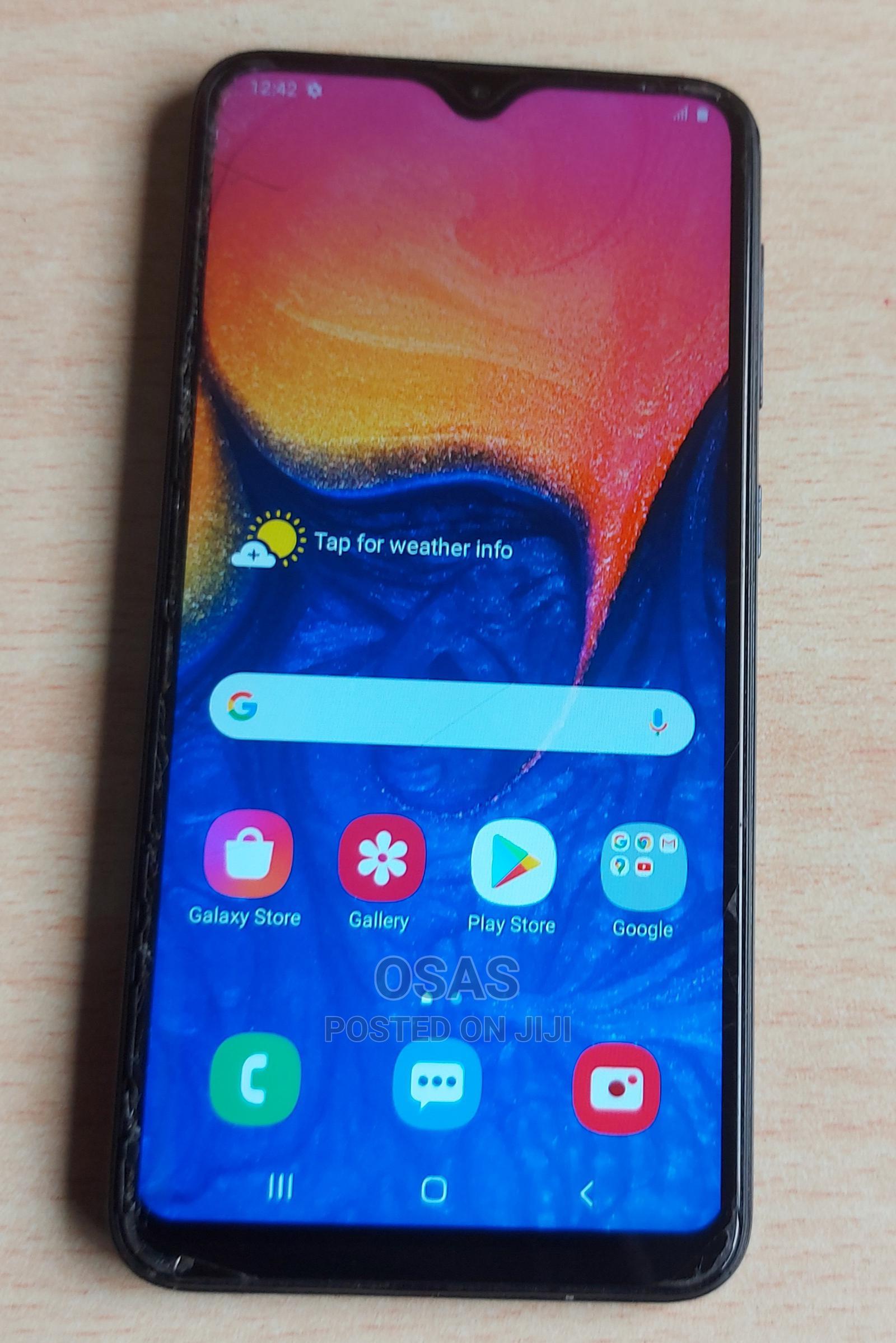 Archive: Samsung Galaxy A10 32 GB Blue