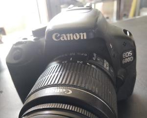 Canon EOS 600d | Photo & Video Cameras for sale in Oyo State, Ibadan
