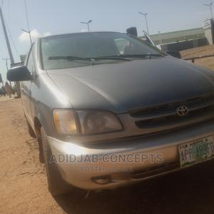 Toyota Sienna 2001 Silver   Cars for sale in Oyo State, Ibadan