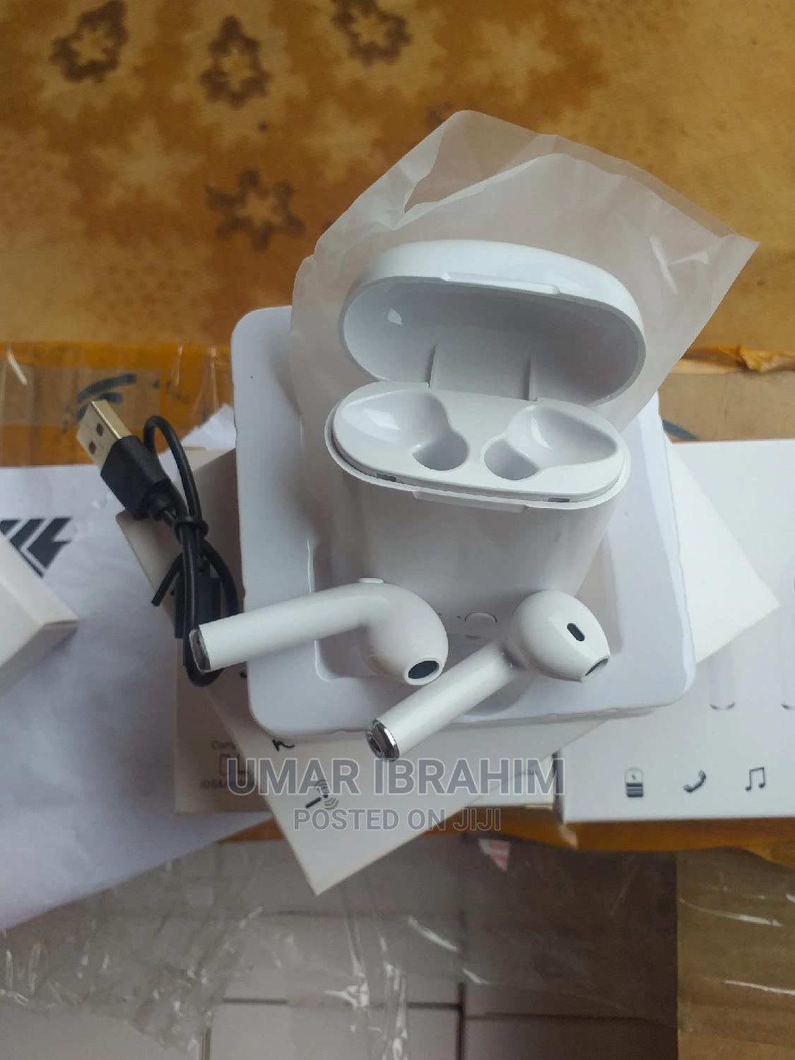 Bluetooth Headphones For Sale In Large Quantities | Headphones for sale in Agege, Lagos State, Nigeria