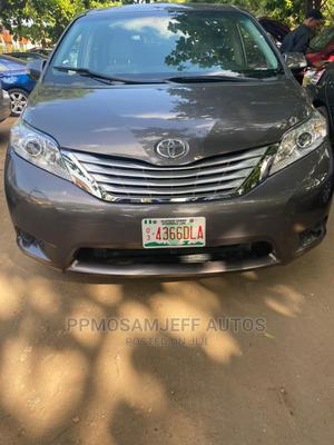 Toyota Sienna 2013 LE AWD 7-Passenger Gray   Cars for sale in Lagos State, Ojo