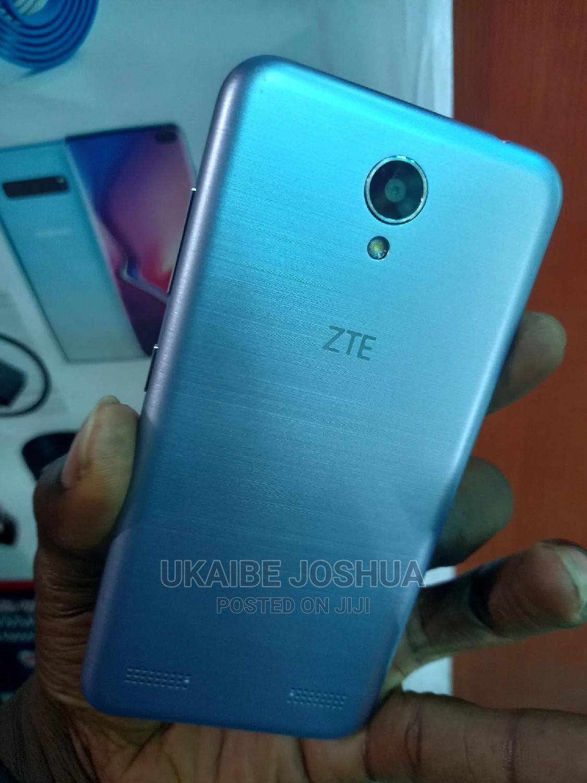 ZTE Axon Max 32 GB Gray | Mobile Phones for sale in Ikeja, Lagos State, Nigeria