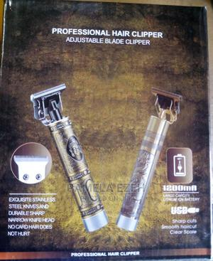 Professional Rechargeable Hair Clipper | Tools & Accessories for sale in Rivers State, Obio-Akpor