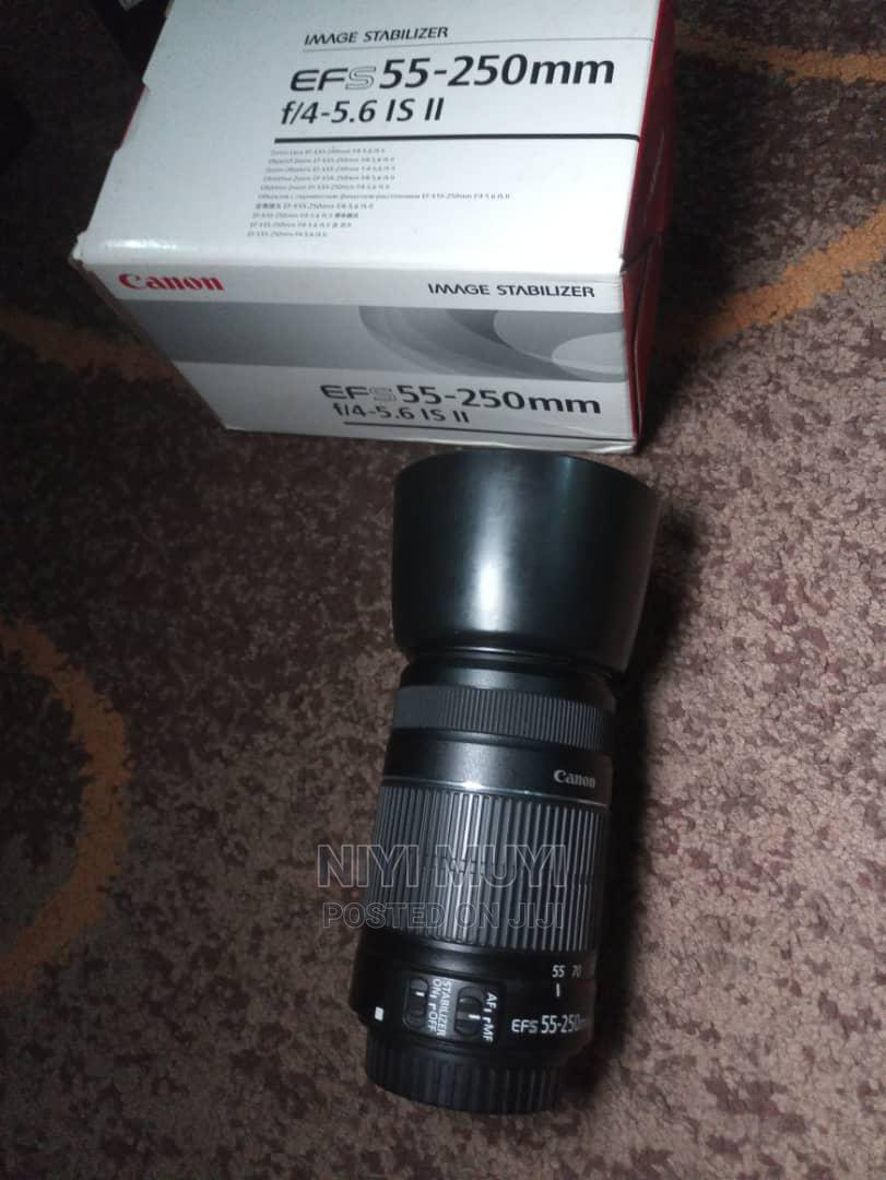 Neatly Used CANON Ef-S 55-250mm F/4-5.6 Is Ii With Lens Hood   Accessories & Supplies for Electronics for sale in Surulere, Lagos State, Nigeria