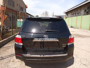 Toyota Highlander 2013 3.5L 4WD Black | Cars for sale in Lagos State, Isolo