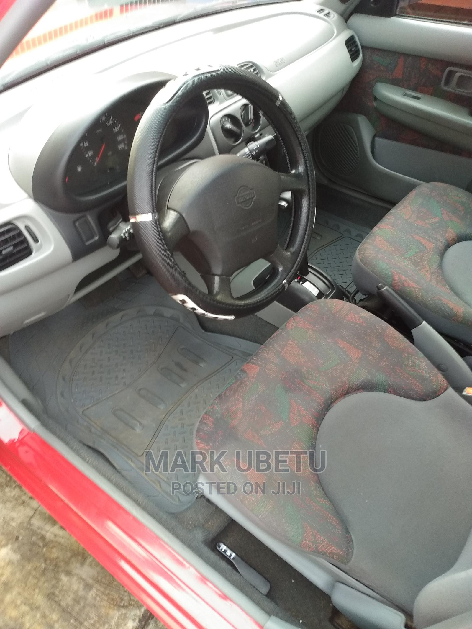 Archive: Nissan Micra 2002 Red